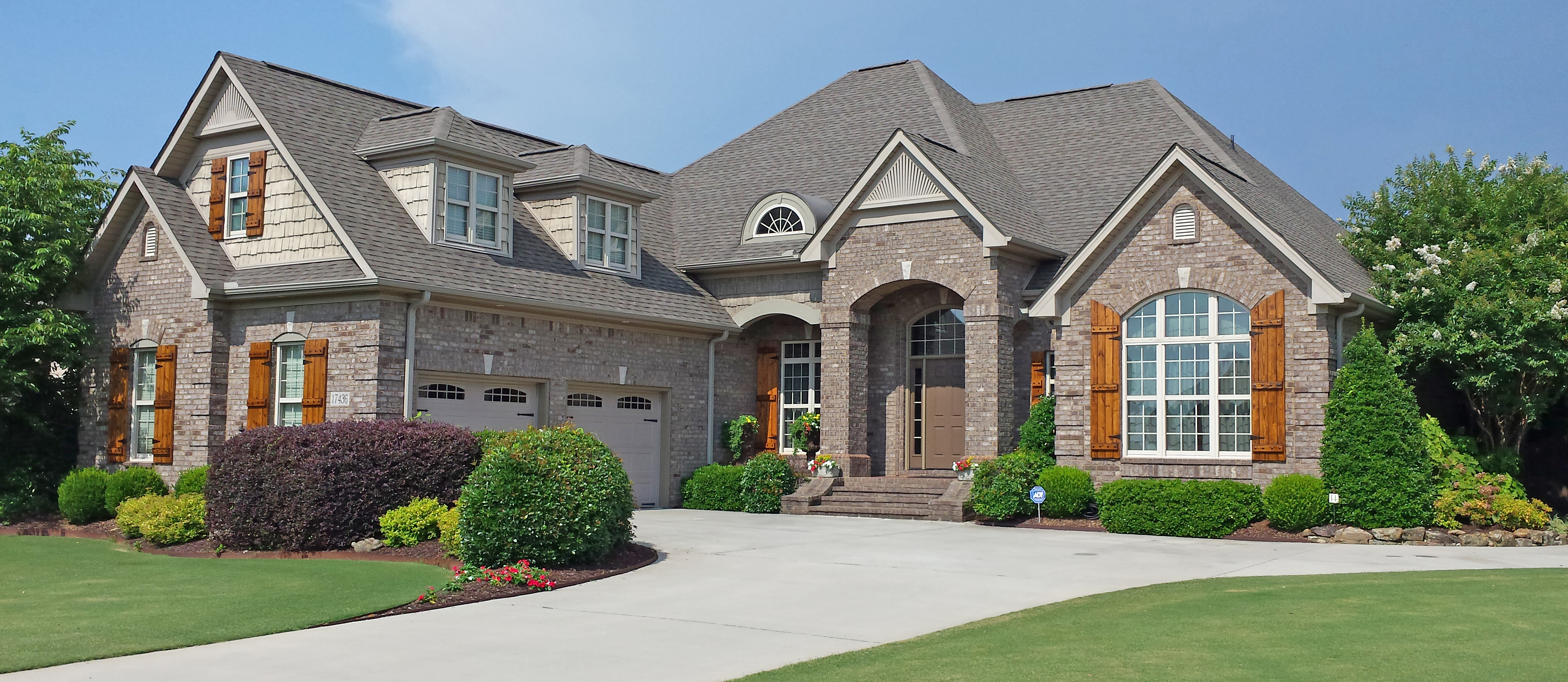 The bluestone gallery of custom homes for Blue stone home