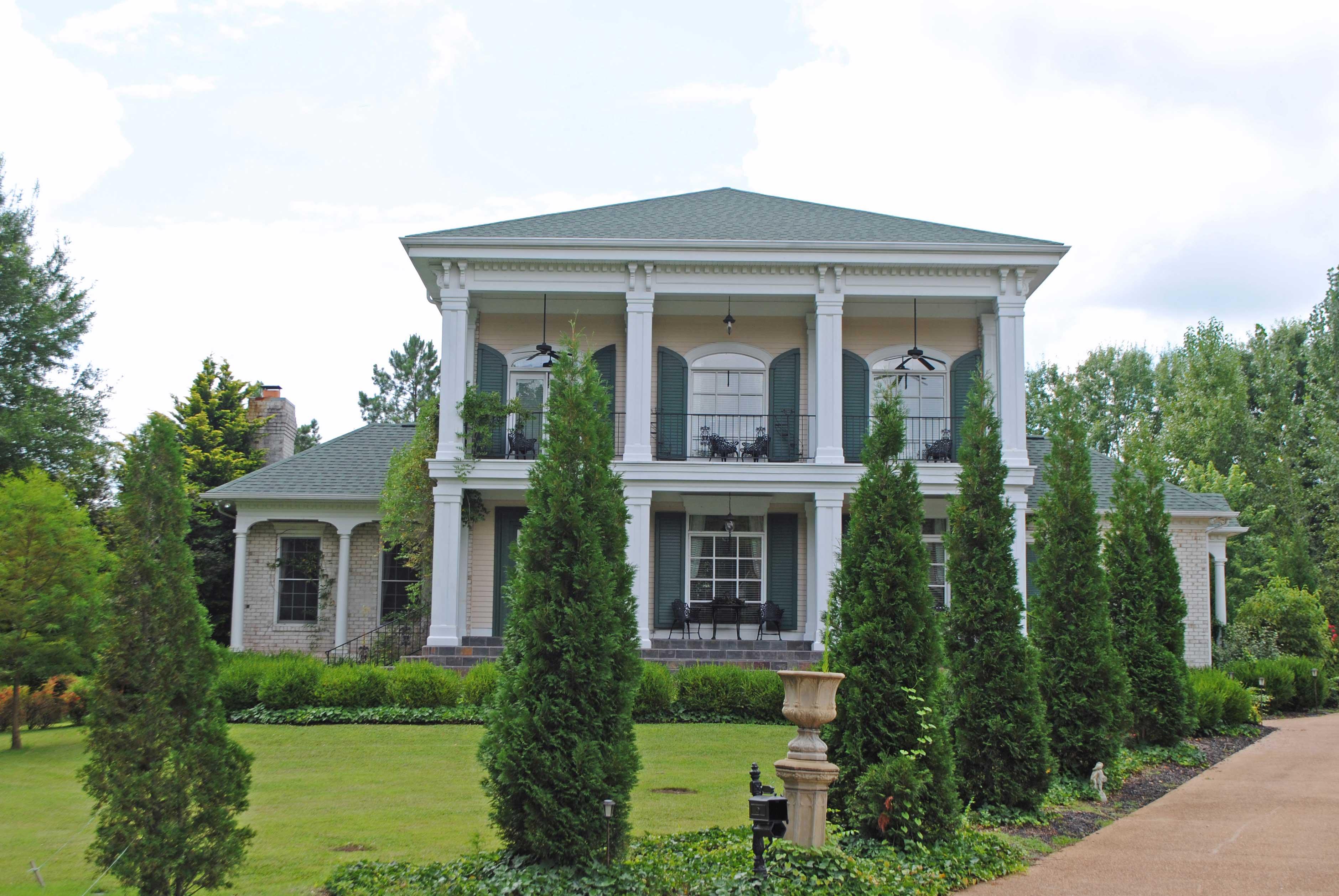 The Bluestone Gallery Of Custom Homes